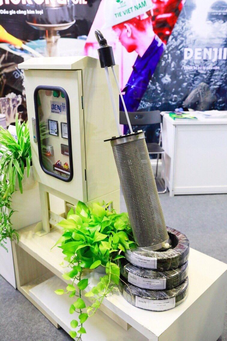 Denjiiは、冷却塔のスケールを処理する製品です。